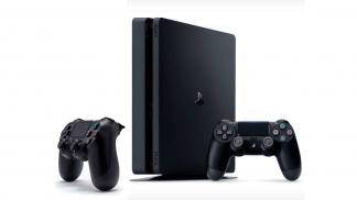 PlayStation 4 Slim 500Gb 2 джойстика и игровая приставка.